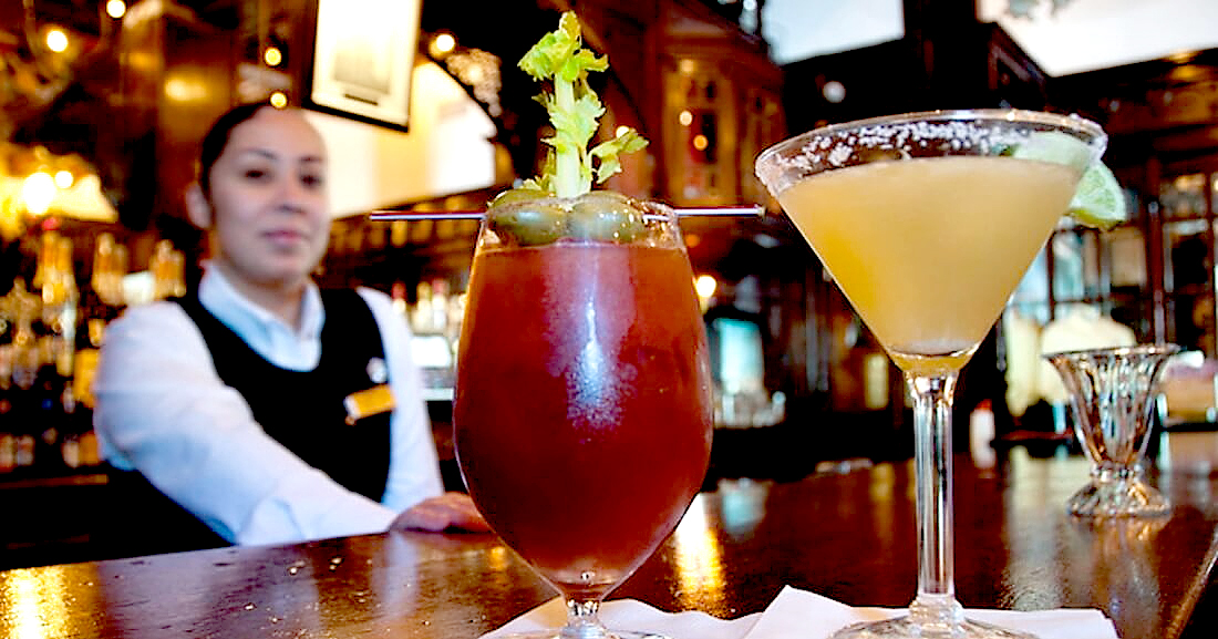 Historic Menger Hotel Bar